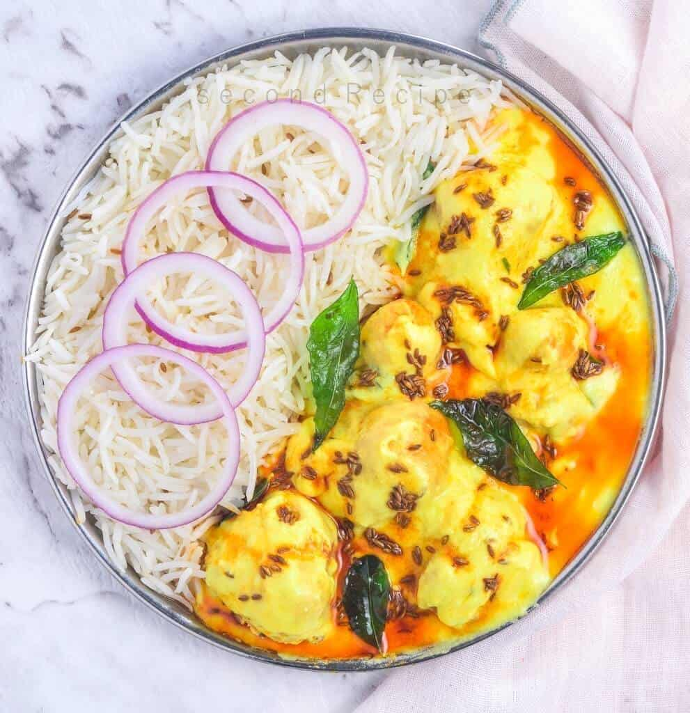 Punjabi Kadhi/Pakode wali kadhi