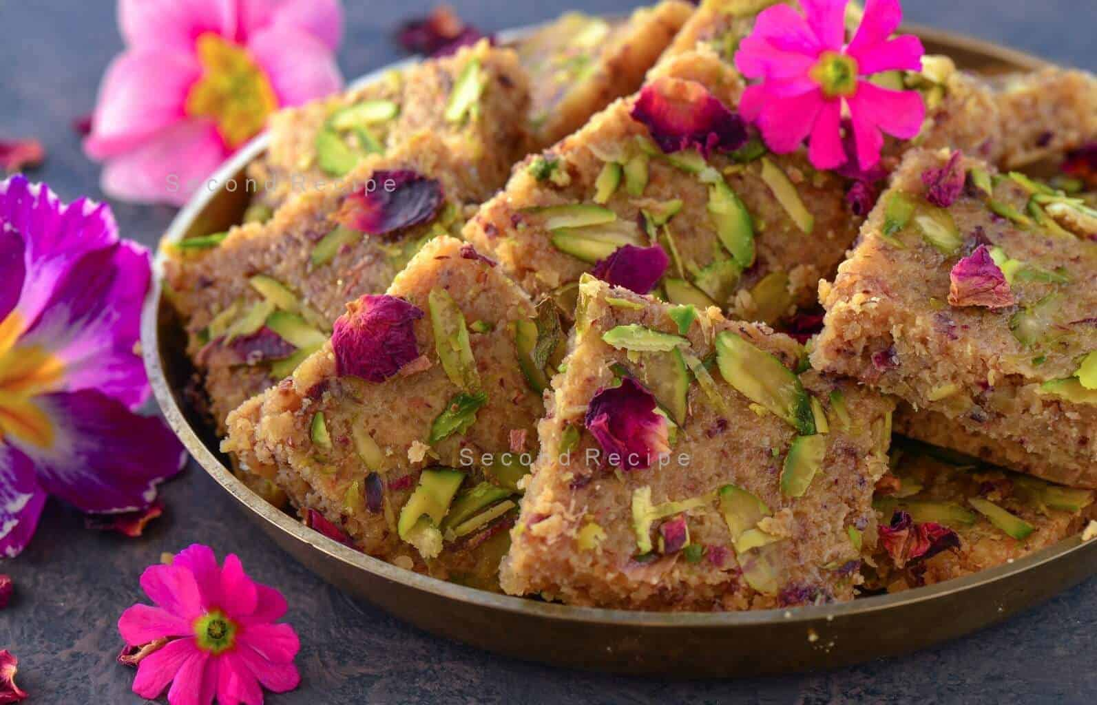 Akhrot barfi-walnut fudge