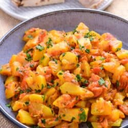 lauki sabji bottlegourd curry