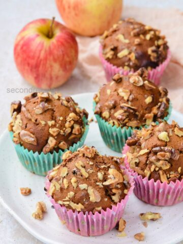 eggless apple muffins